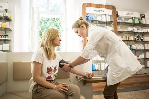 Kommen Sie zu einer kostenlosen Blutdruckmessung vorbei!